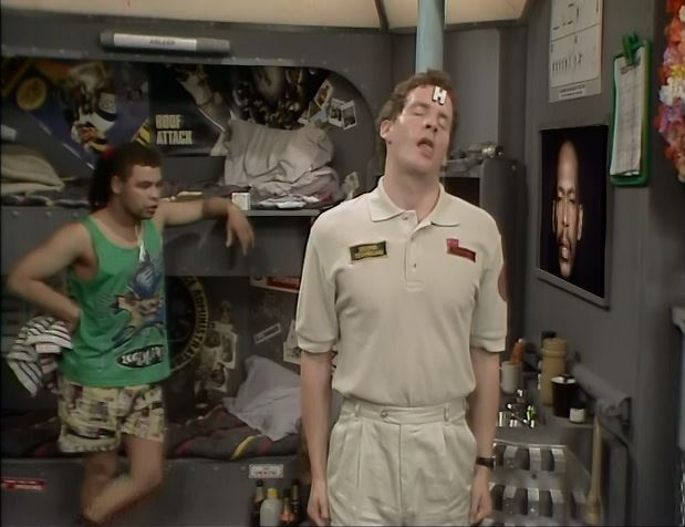 Waking up Rimmer in Red Dwarf Queeg